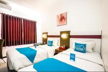 Airy Kiaracondong Ibrahim Adjie Bandung - Superior Twin Room Only Special Promo Aug 42