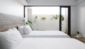 Lloyd's Inn Bali Bali - The Standard Room Twin Promo Gajian