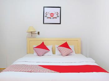 OYO 731 Hotel Matahari 1 Jambi - Deluxe Double Room Regular Plan