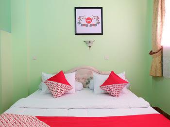OYO 731 Hotel Matahari 1 Jambi - Standard Double Room Regular Plan