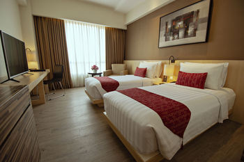 Grand Zuri BSD City - Superior Twin Room Only  Regular Plan