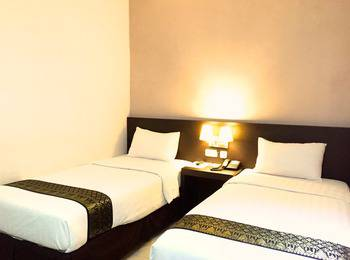 Grand Hawaii Hotel Pekanbaru - Superior Twin Room Only Regular Plan