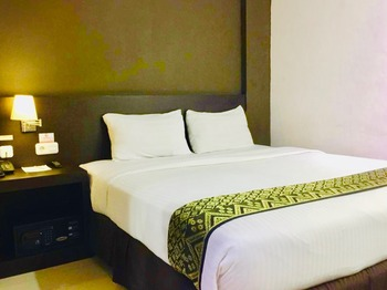 Grand Hawaii Hotel Pekanbaru - Superior King Room Regular Plan