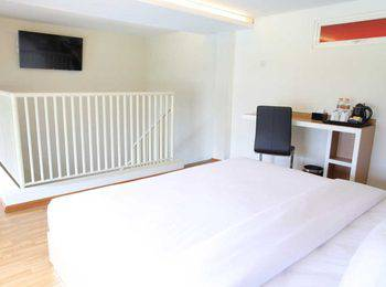 Samara Resort Malang - Deluxe Mezzanine Regular Plan