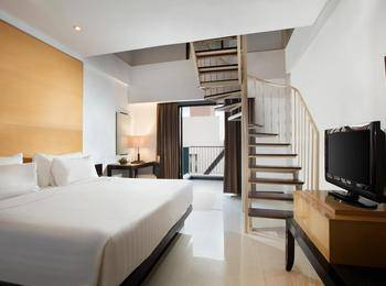 Hotel Santika Premier Malang - Family Premiere Room King Regular Plan