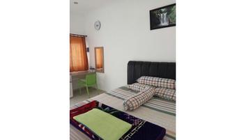 Arka Family Villa Bandung - Deluxe Room Only Regular Plan