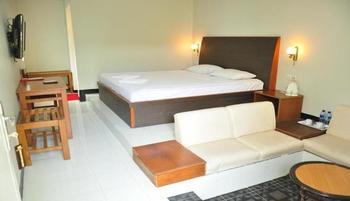 Hotel Minahasa Manado Manado - Deluxe Room Regular Plan