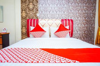 OYO 362 Hotel Siti Nurbaya Syariah Padang - Deluxe Double Room Regular Plan