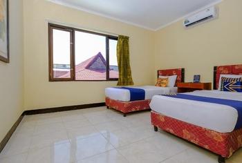 Mandiri Homestay Lombok - Ellen Room AC 2 Regular Plan