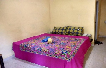 T&T Homestay Lombok - Standard Room Fan Regular Plan