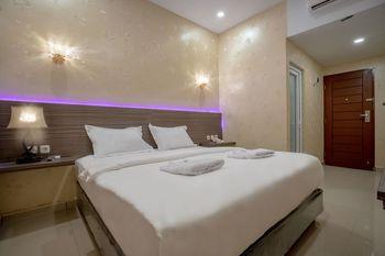 De'Tonga Hotel Medan - Deluxe Double Room with Breakfast Discount