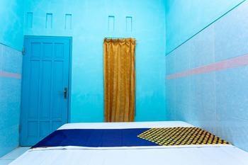 SPOT ON 2871 Hotel Budi Banyumas - SPOT ON Double Regular Plan