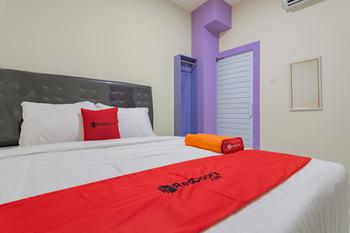 RedDoorz near Trans Studio Bandung 3 Bandung - RedDoorz Room AntiBoros