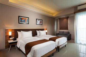 Sahid Serpong Tangerang Selatan - Deluxe Twin Room Only Regular Plan