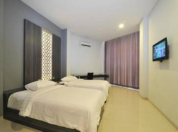 StudioInn & Suites Semarang - Executive Twin Room Only Regular Plan