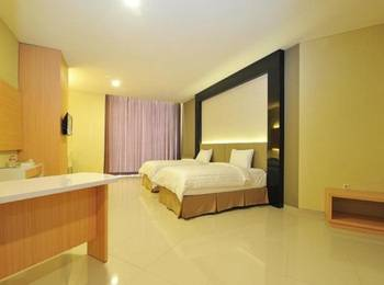 StudioInn & Suites Semarang - Deluxe Double Room Only Regular Plan
