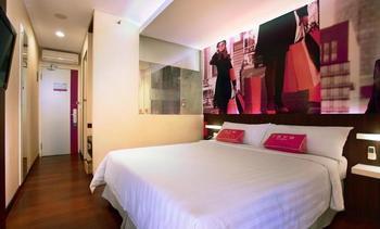 favehotel MEX Surabaya Surabaya - faveroom Room Only Regular Plan