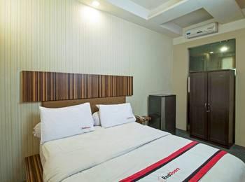 RedDoorz @Mangga Besar 4 Jakarta - Reddoorz Room Special Promo Gajian