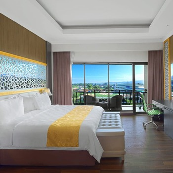 The Green Peak Hotel & Convention Puncak - Executive Suite Room Regular Plan