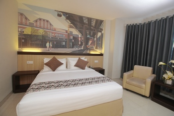 Hotel MJ Samarinda - Deluxe Room Breakfast Regular Plan