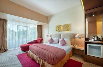 Lux Tychi Hotel Malang Malang - Executive Twin NR Min 2 Nights