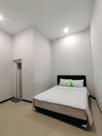 CahAyu Sumbersari Syariah by Innapps Malang - Eco Room Only Special Deals