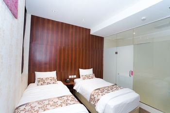 The Batik Hotel Medan - Business Class Twin Bed Regular Plan