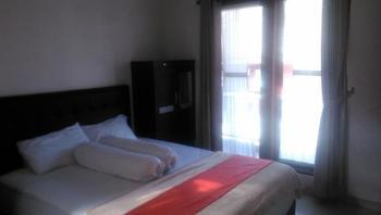 Rumah Sarwestri Bed & Breakfast