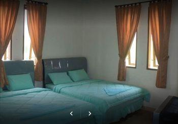 Suite Pakar Hotel Karo - Superior Twin Breakfast NR Special Deal