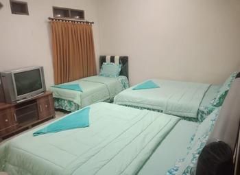 Suite Pakar Hotel Karo - Deluxe Breakfast NR Special Deal