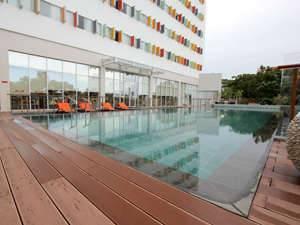HARRIS Hotel Batam Center - Business Leisure Package Regular Plan