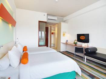 HARRIS Hotel Batam Center - Refresh The New Work From Hotel Package  - 2 Pax Regular Plan