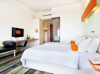 HARRIS Hotel Batam Center - HARRIS Triple Room with Breakfast Regular Plan