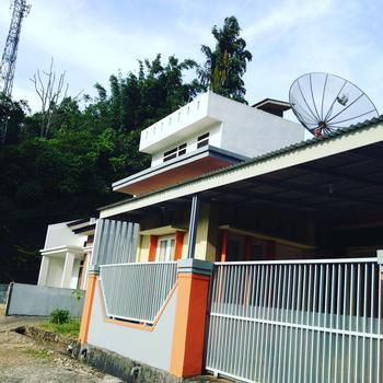 Jingga Guest House
