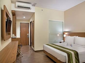 Grand Whiz Poins Simatupang Jakarta Simatupang - Deluxe Double Room Only MINIMUM STAY PROMO
