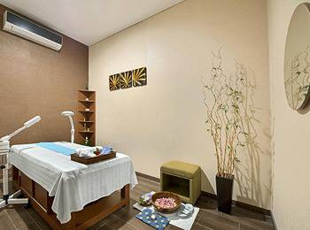 Grand Whiz Poins Square Simatupang - Superior Room - Free Spa & Healthy Drink Regular Plan