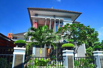 Athaya Pakuncen Guest House Syariah Yogyakarta - House 5 Bedrooms Regular Plan