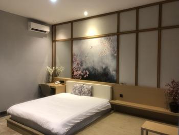 Fiori Hotel Bandung - Suite Room Breakfast Regular Plan