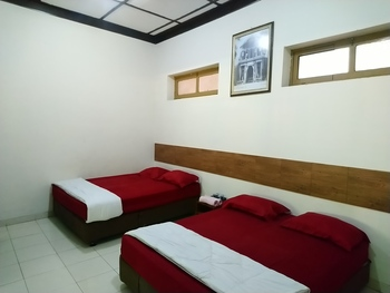 Hotel Keprabon Solo - Super Family Room Only Gajian