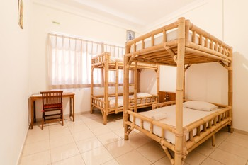 Palmyra Hostel Malang - 4 Bed Mixed Dormitory Room (Bromo) FC 3 Days Regular Plan