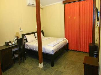 Senthong Asri Magelang - Superior Room Regular Plan