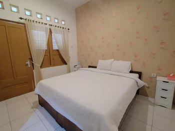 Votel Maerakatja Yogyakarta Yogyakarta - Standard Double - Room Only Regular Plan
