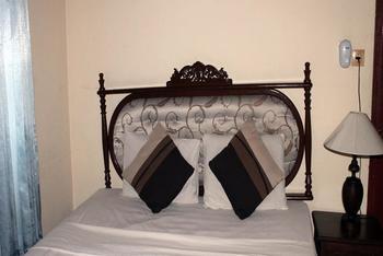 Swan Inn Ubud - Standard Room Save More!