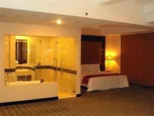 Twin Plaza Hotel Jakarta - Kamar Junior Suite Regular Plan