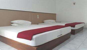 Pondok Asri 1 Pangandaran - Standard Room 2 Bed Room Only Regular Plan