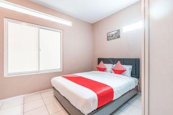 OYO 1868 J&b Room Pramuka Near RSUPN Dr.Cipto Mangunkusumo Jakarta - Deluxe Double Room Regular Plan