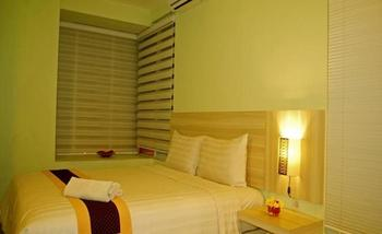 Sky Hotel Jogja - Deluxe Room Only Regular Plan