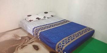 Cheap Inn Banyuwangi - Family Room Flash Deal 45%