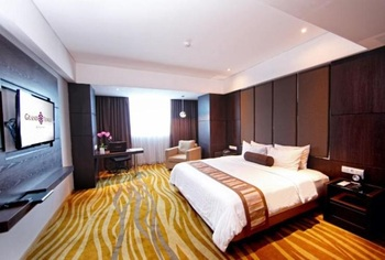 Grand Tjokro Bandung - Premiere King Room Only Regular Plan