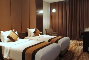 Grand Tjokro Bandung - Premiere Twin Room Only Regular Plan
